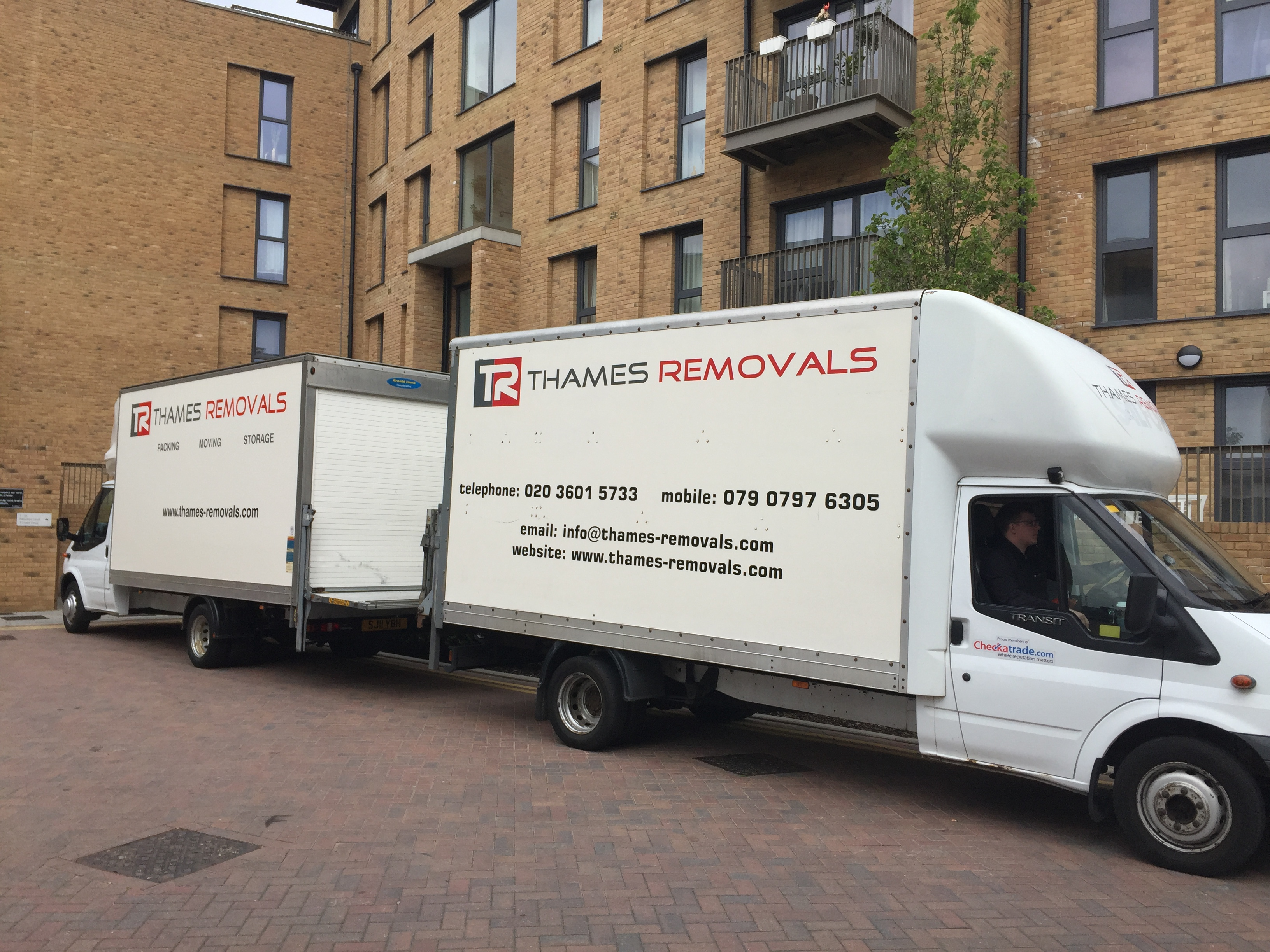 thames-removals-11